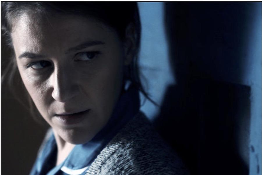 THE BLUE DOOR (LA PUERTA AZUL)